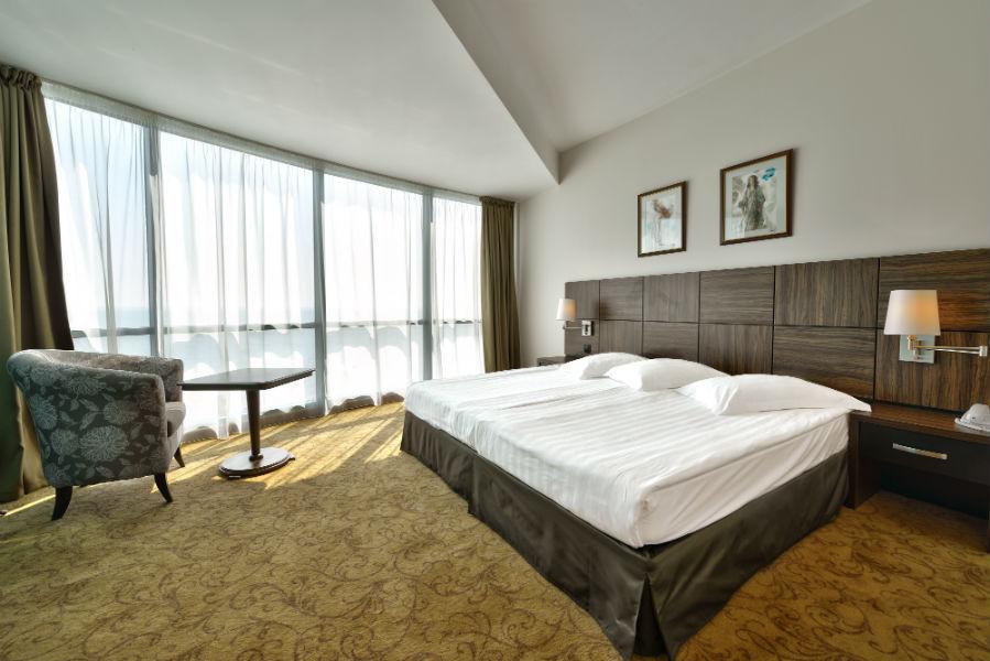 Suite standard_bedroom_2