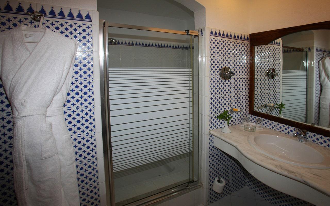 Sultan Pool Room_04-min