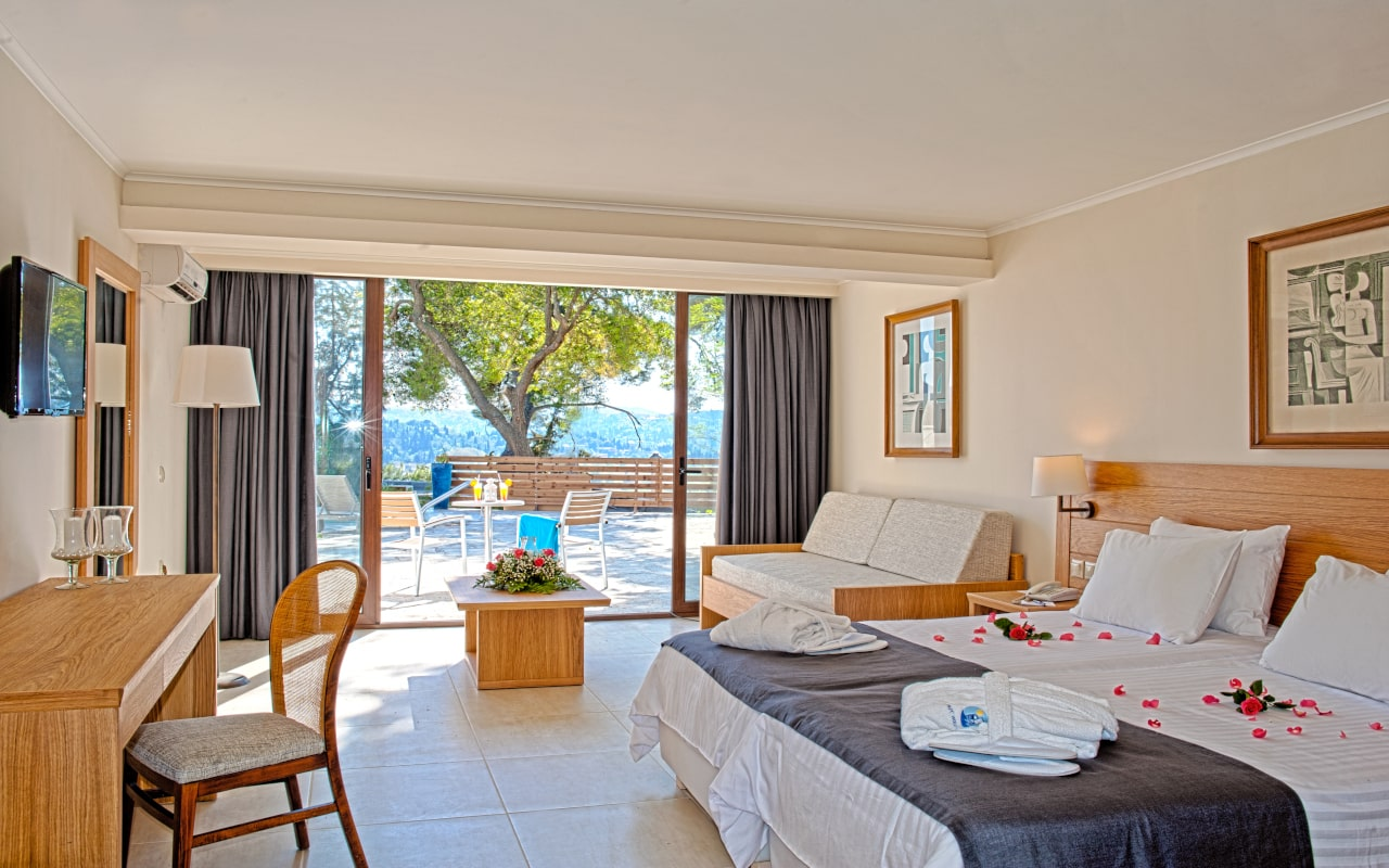 Superior Bungalow Sea View with Sharing Pool 5-min