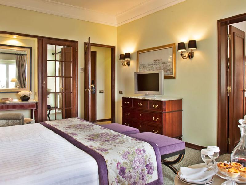 Superior Deluxe Room3