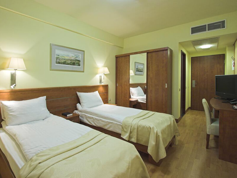 Superior Double Room with Extra Bed and Balcony3