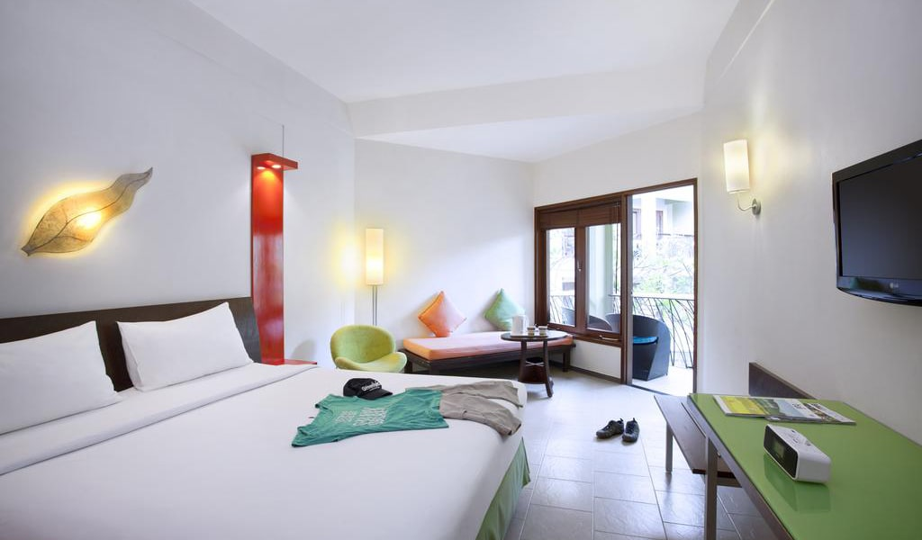 Superior Double Room with Pool View-min