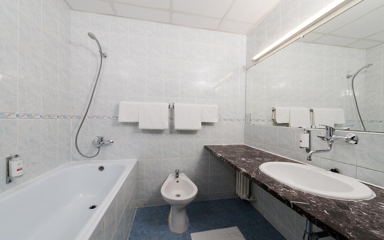 Superior Plus bathroom