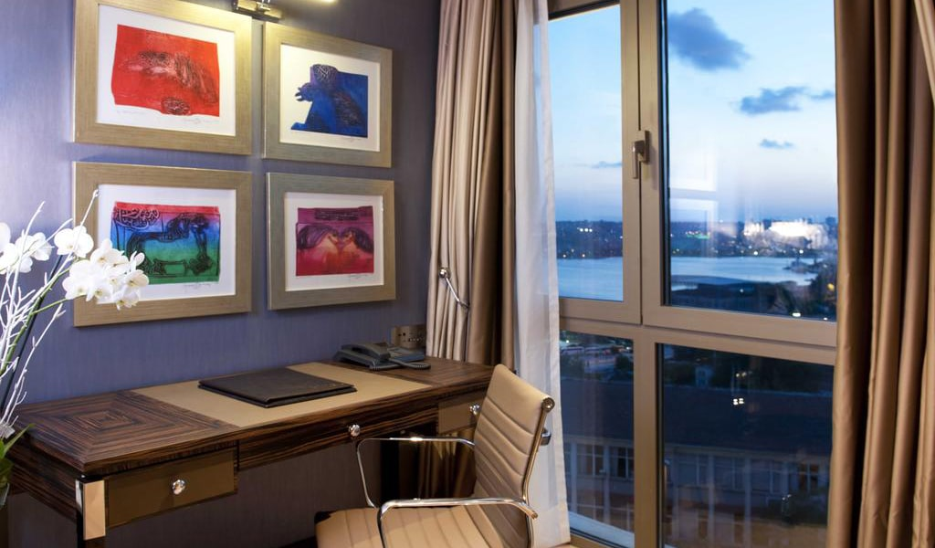 Superior Room with Sea View 2-min