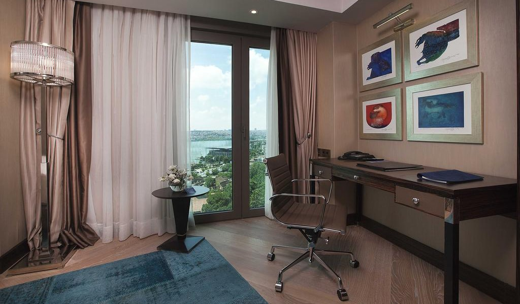 Superior Room with Sea View 3-min