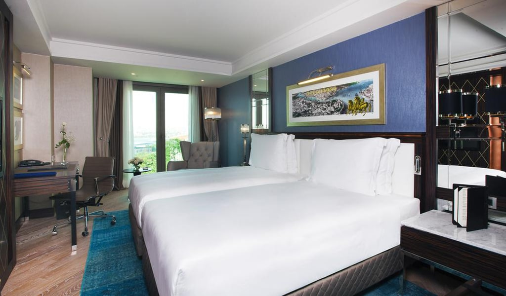 Superior Room with Sea View 4-min