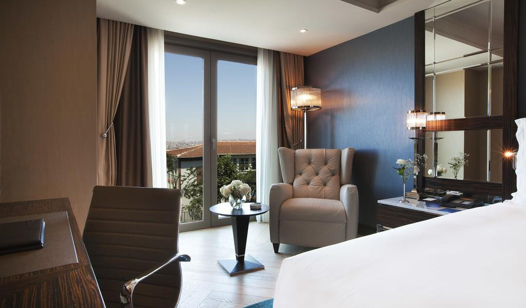 Superior Room with Sea View 6-min
