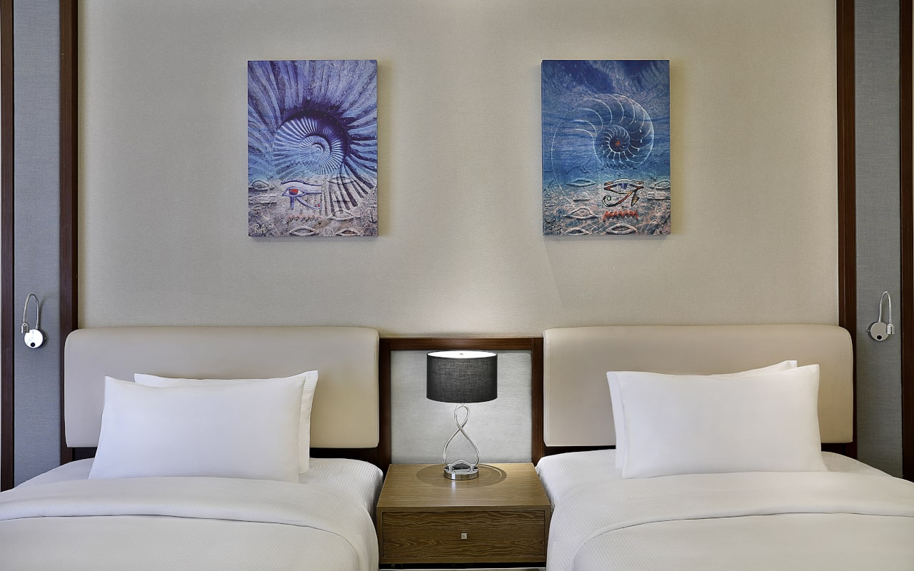 Superior Room_03-min
