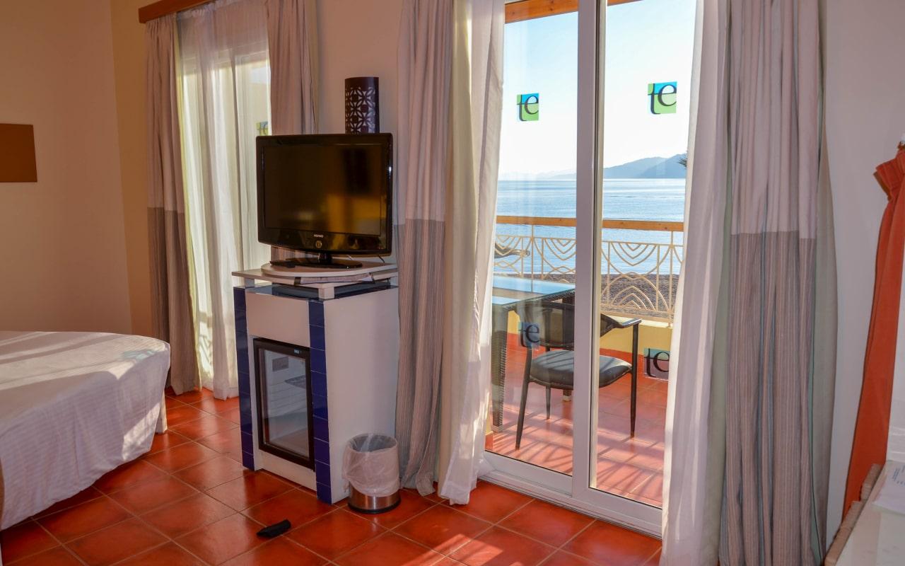 Superior Sea View Room3-min