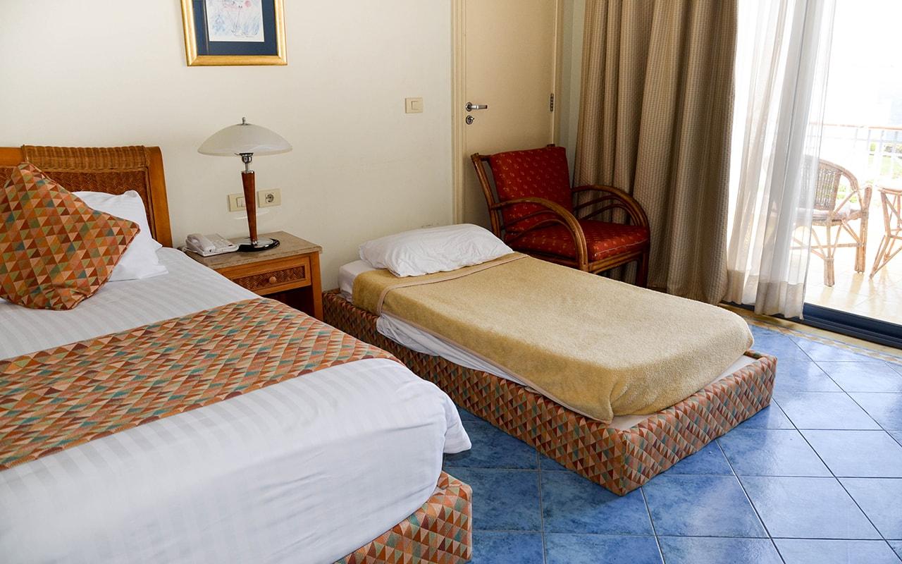 Superior Sea View Room_06-min