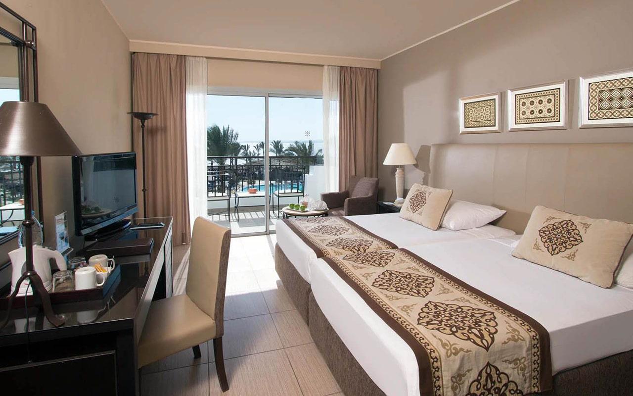 Superior Sea View Room_08-min