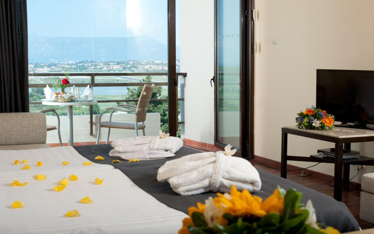 Superior Twin Lake View Room - Corfu Holiday Palace 3-min