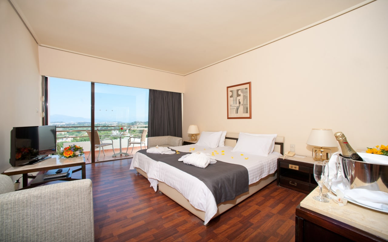 Superior Twin Lake View Room - Corfu Holiday Palace 7-min