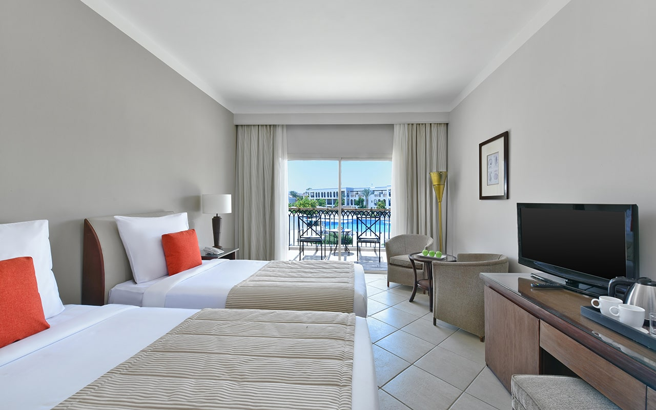 Superior-room-twin-bed-min