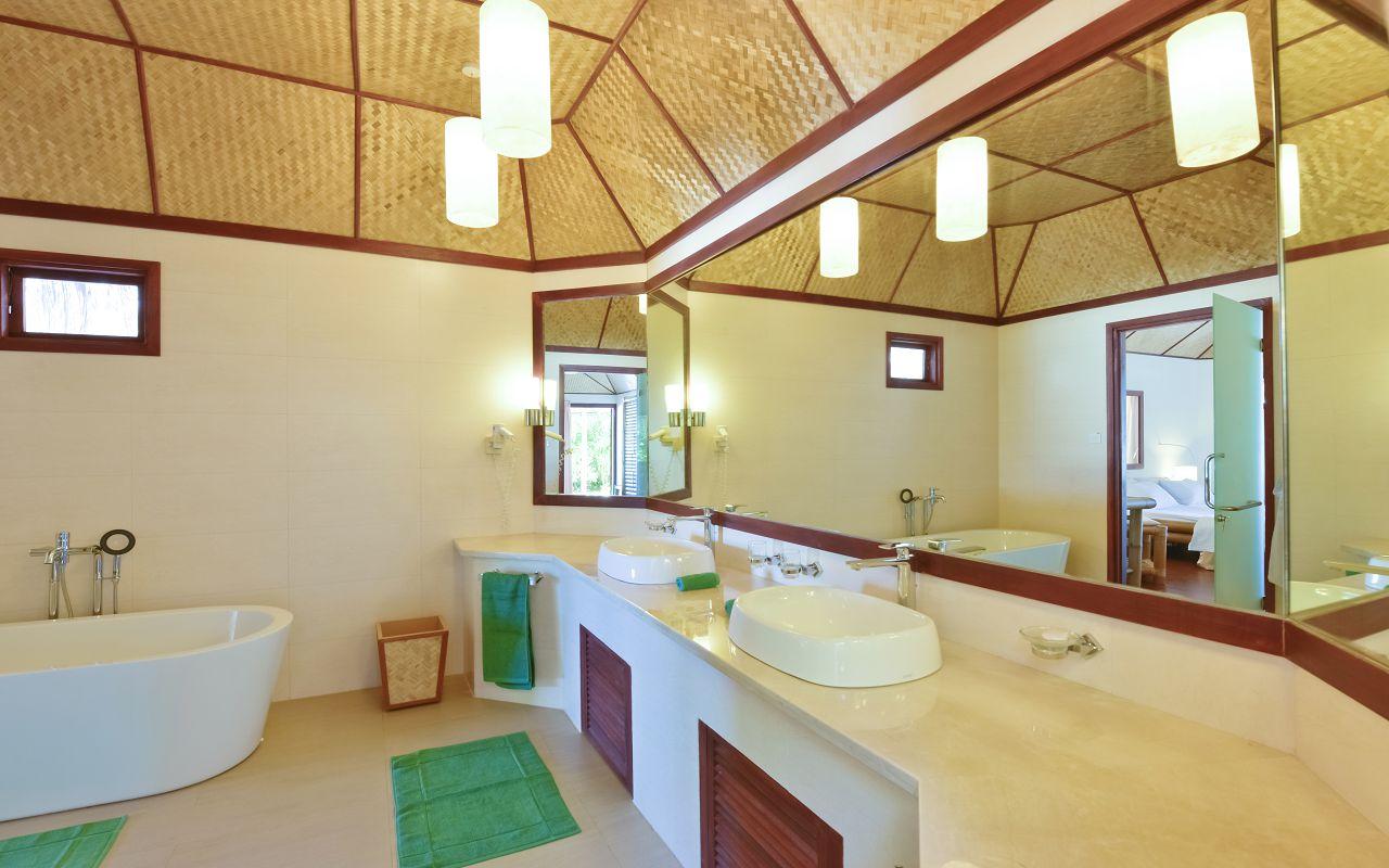 THU-HRES-Thulhagiri_Island_Standard_Deluxe4