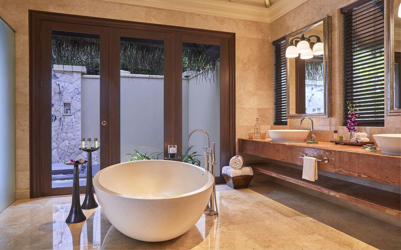 Taj Exotica Resort & Spa Maldives-One Bedroom Beach Suite with Pool_Bathroom1