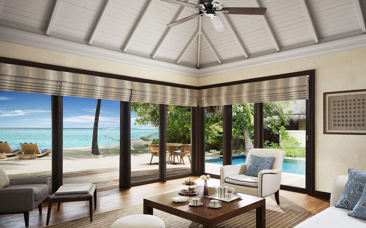 Taj Exotica Resort & Spa Maldives - One Bedroom Beach Suite with Pool_LivingRoom