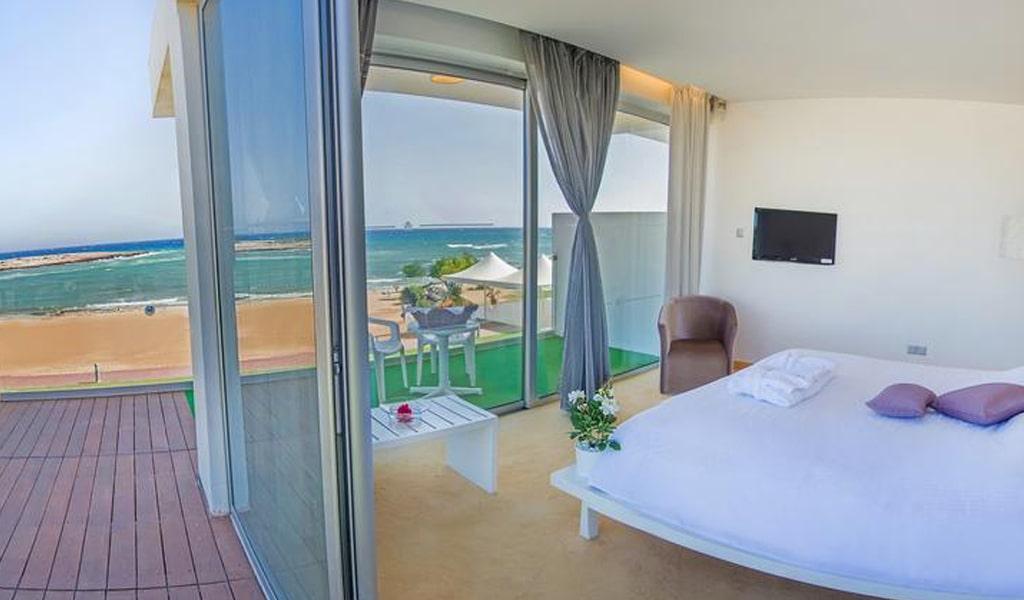 The Dome Beach Hotel (6)