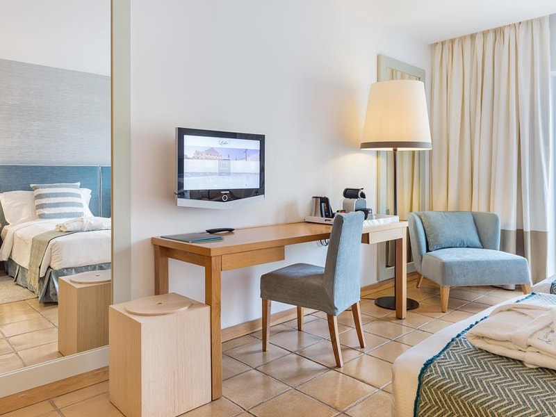 The Lake Spa Resort Hotel (6)
