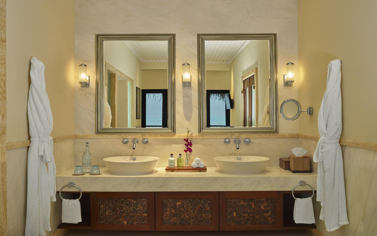 The Rehendi Presidential Overwater Suite with Pool_Bathroom_Vanity