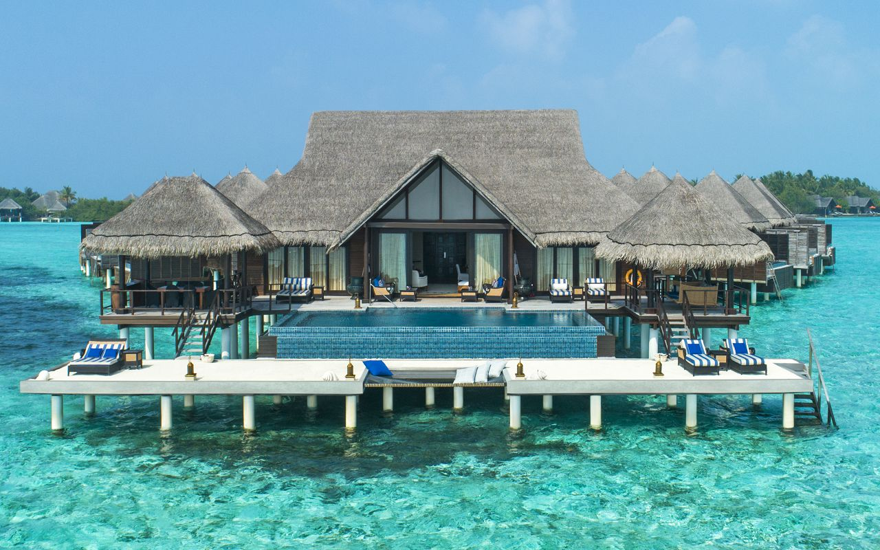The Rehendi Presidential Overwater Suite with Pool_Exterior