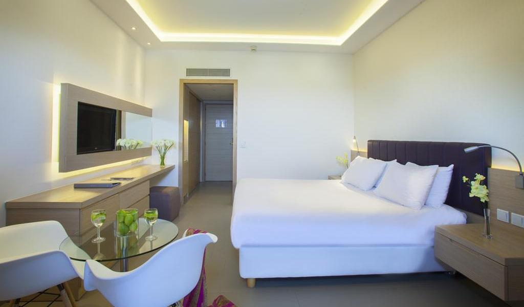 The Royal Apollonia Beach Hotel (28)