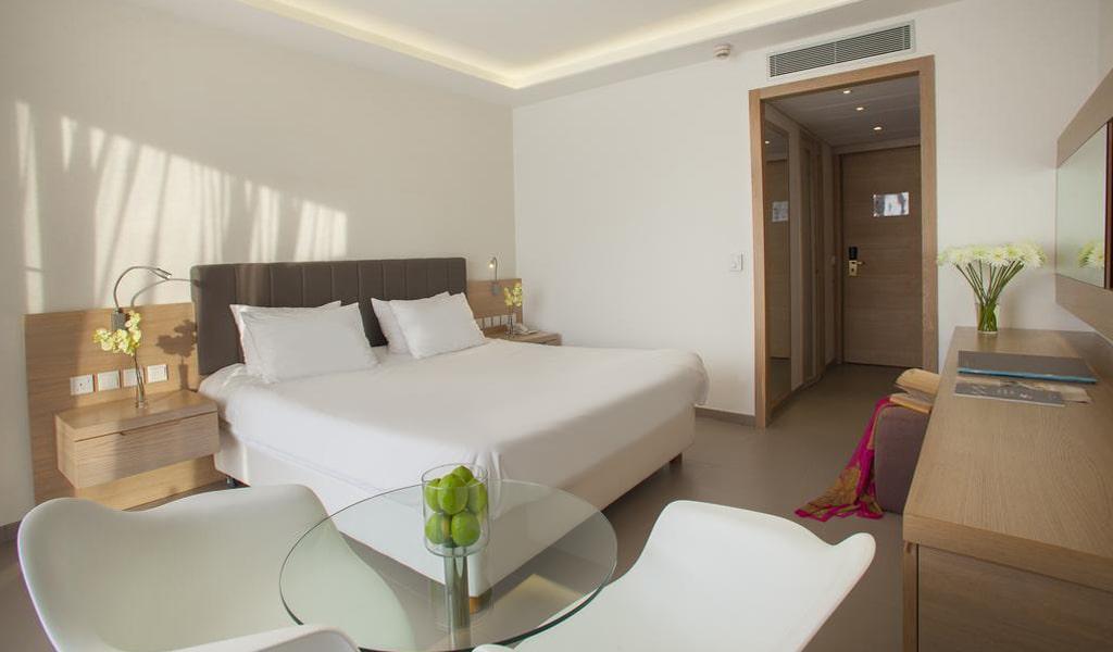 The Royal Apollonia Beach Hotel (30)