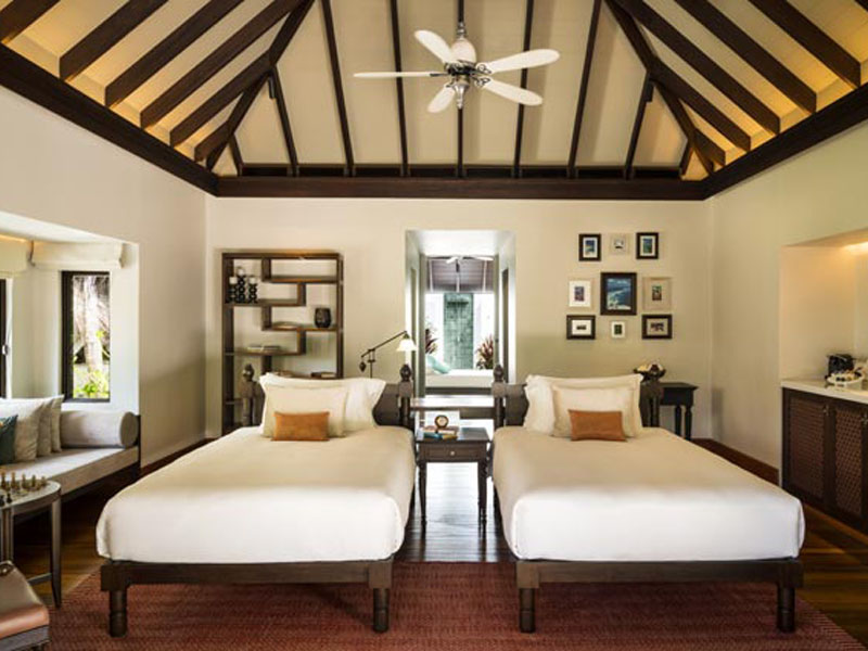Three Bedroom Beach Pool Residence3