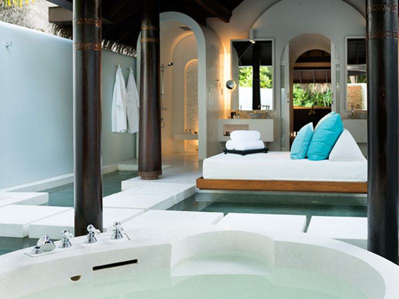 Three Bedroom Beach Pool Residence6