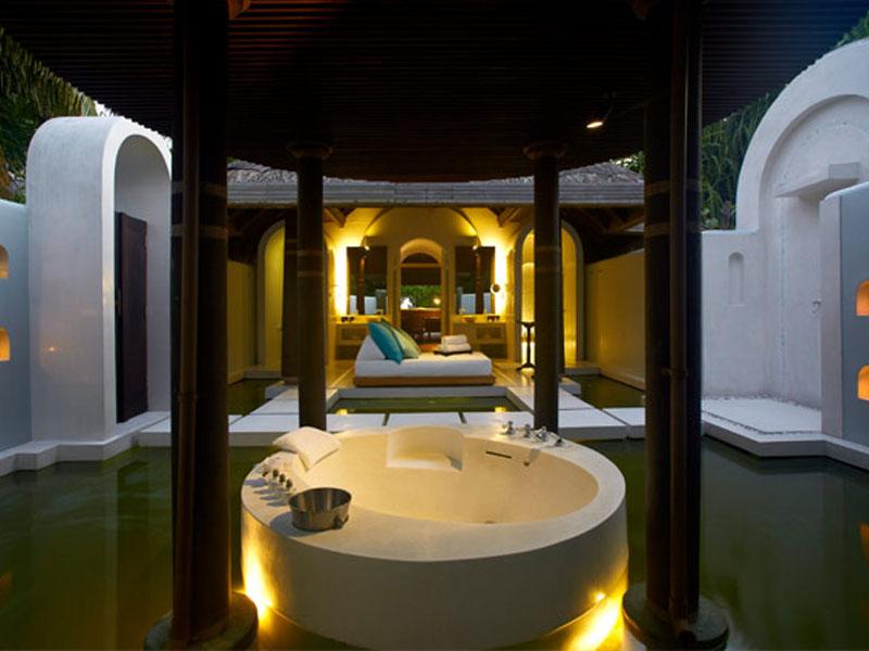 Three Bedroom Beach Pool Residence7