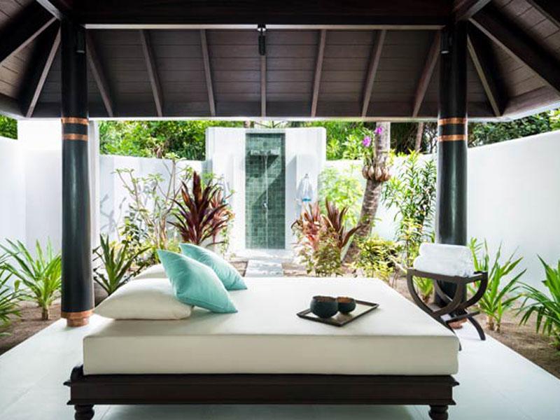 Three Bedroom Beach Pool Residence8