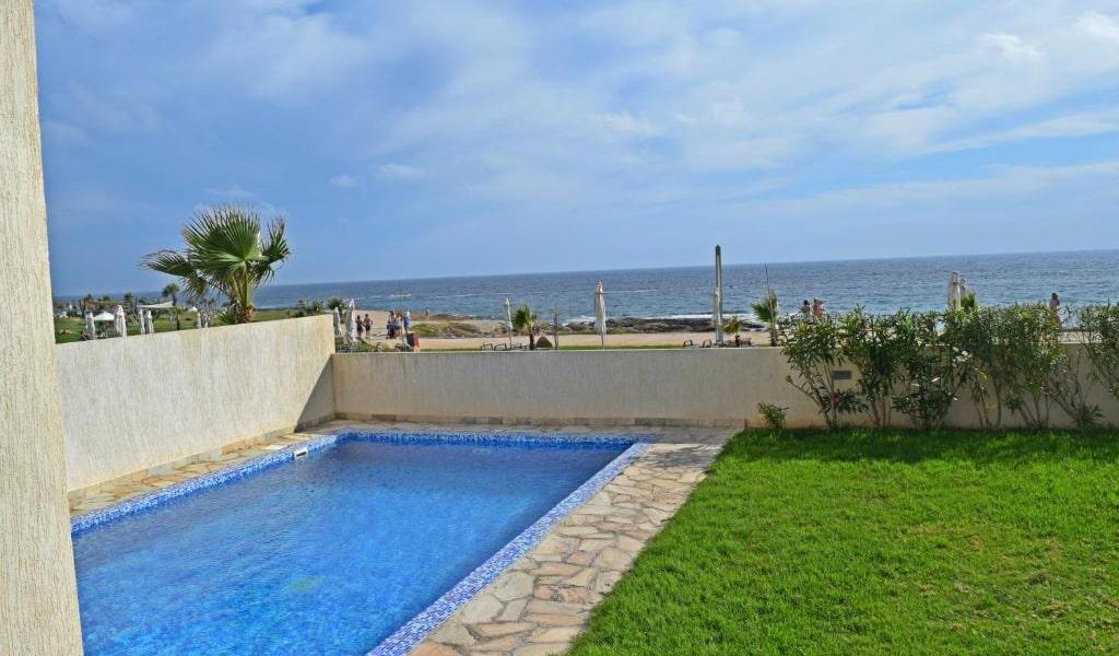 Three-Bedroom-Villa-with-Private-Pool-2-min