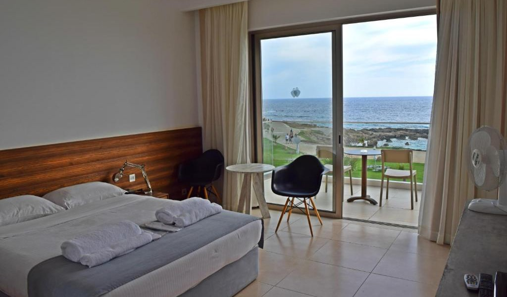Three-Bedroom-Villa-with-Private-Pool-5-min