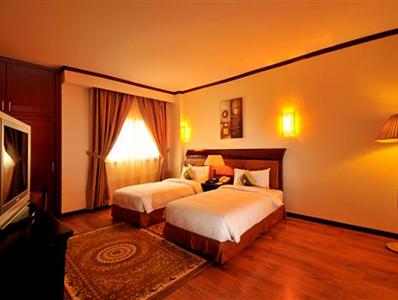 Three Bedroom3