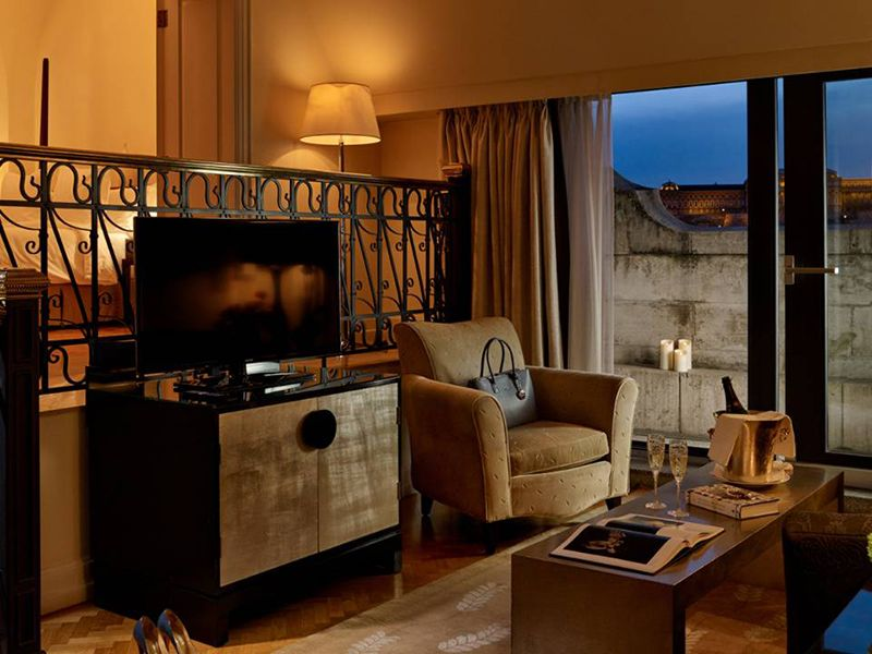 Tower Suite2