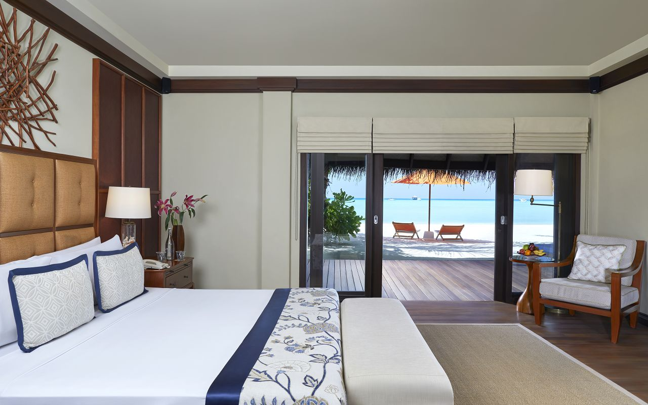 Two Bedroom Beach Suite with Spa and Pool_BedroomGF