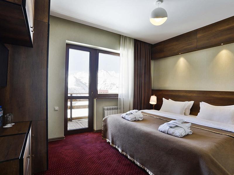 Two-Bedroom King Suite4