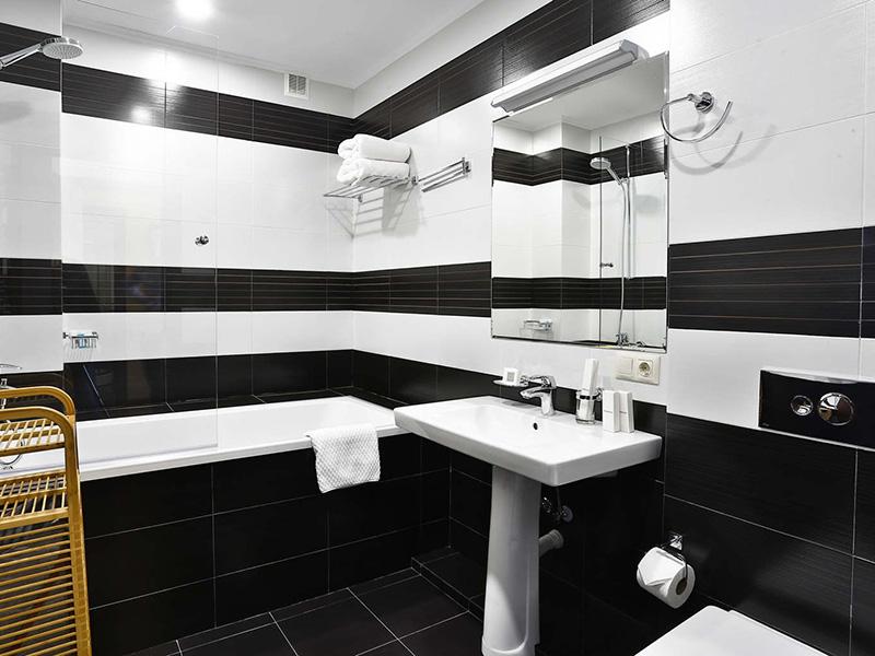 Two-Bedroom King Suite6