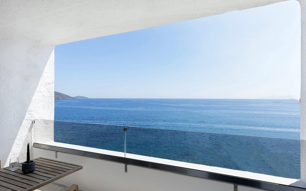 Upper-deck-infinity-blue-room2-min