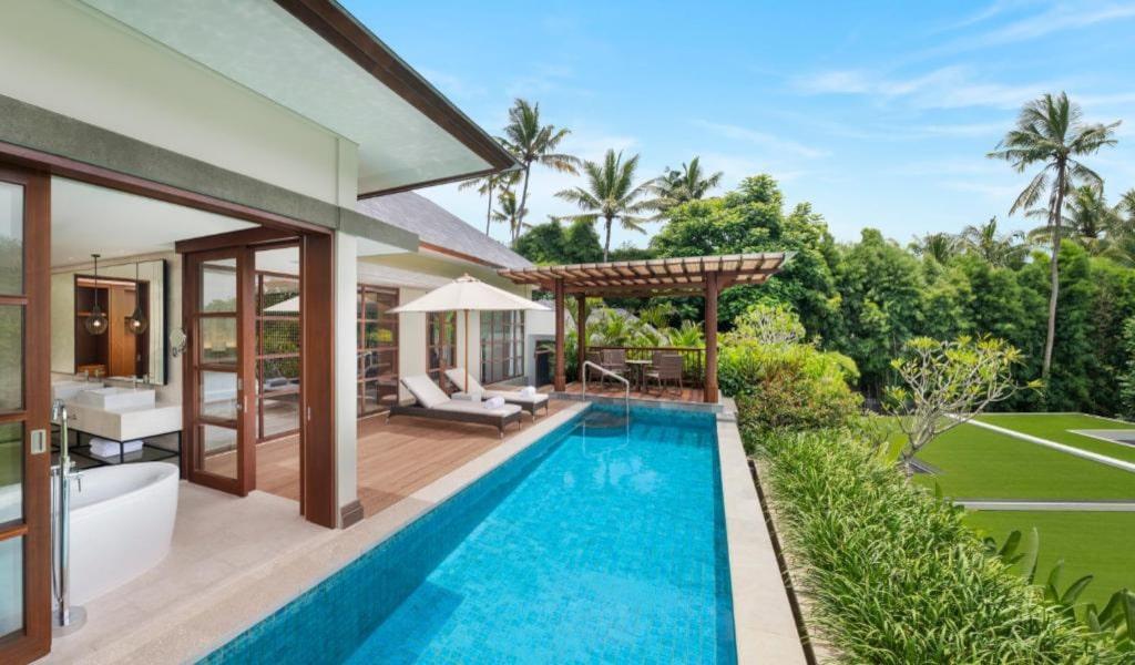 Villa, 1 King, Resort view, Balcony 2-min