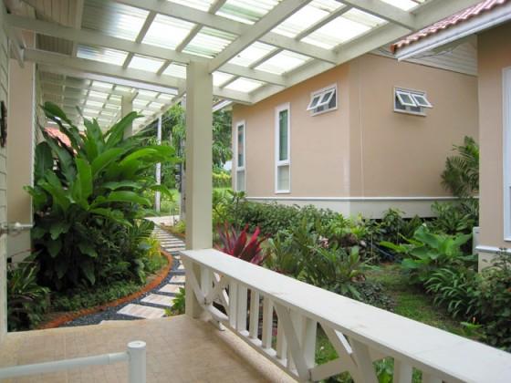 Villa Garden2