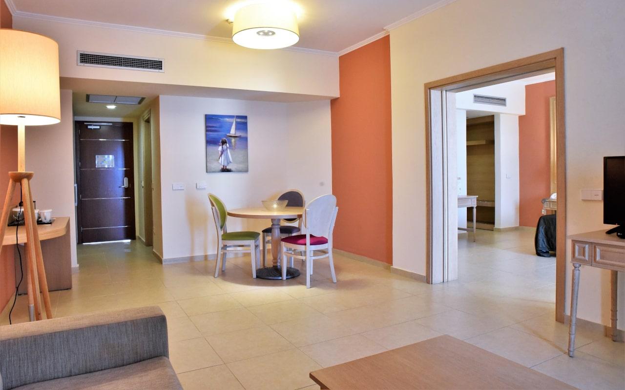 Villa Royal Suite PP-min