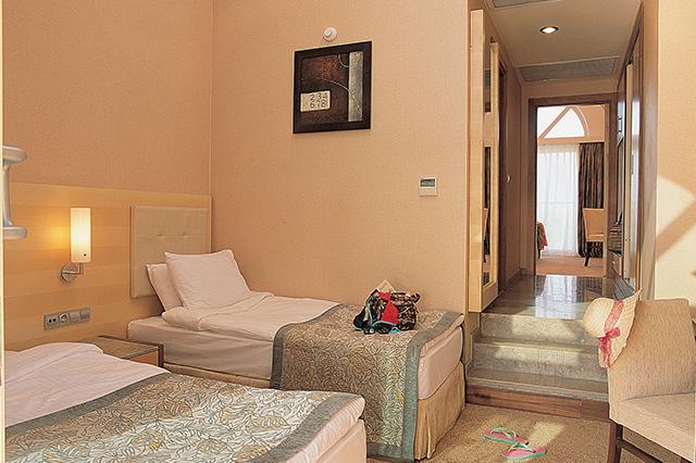 Villa Suite Second Floor2