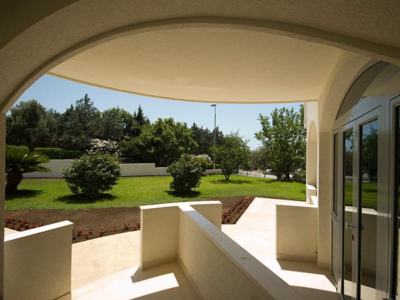 Villa V Lux (1)