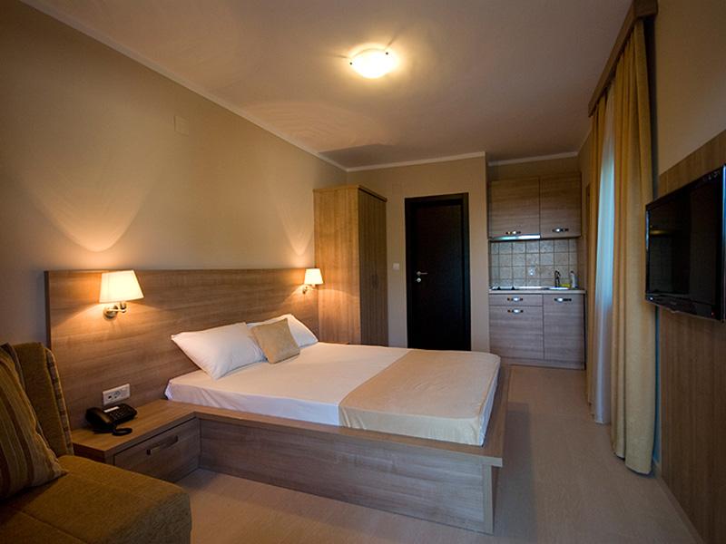 Villa V Lux (2)
