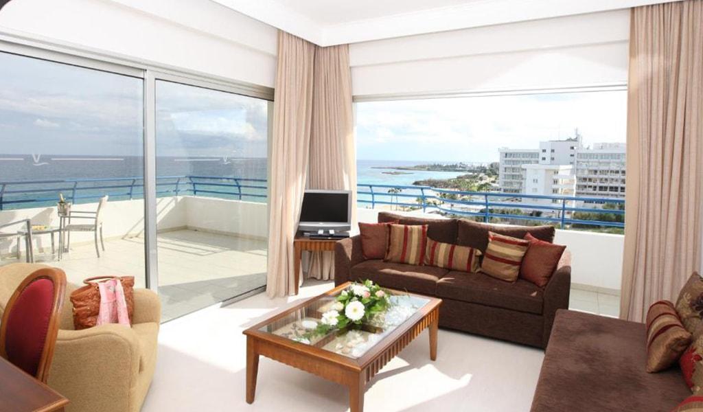 Vrissiana Beach Hotel (12)