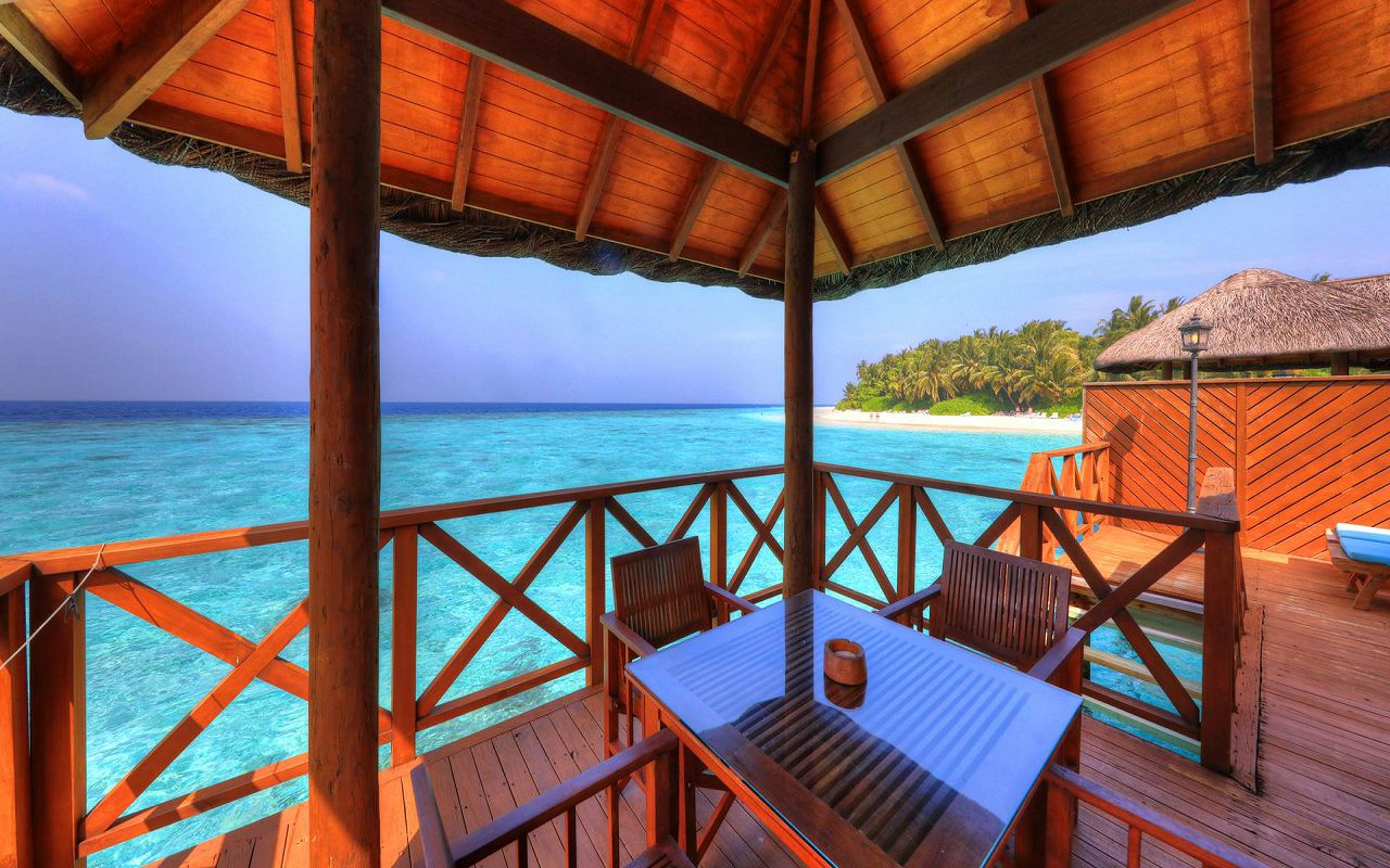 Water Bungalow (6)