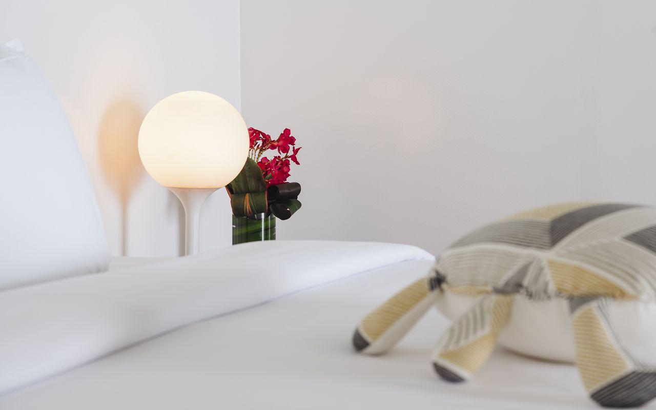 Water Villa - Bedroom (1)
