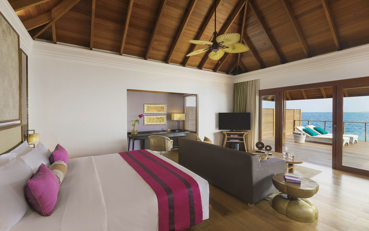 Water Villa with Pool - Bedroom II