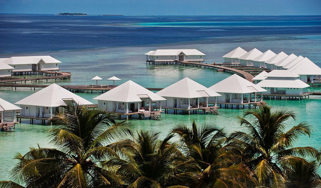 Water villas (2)